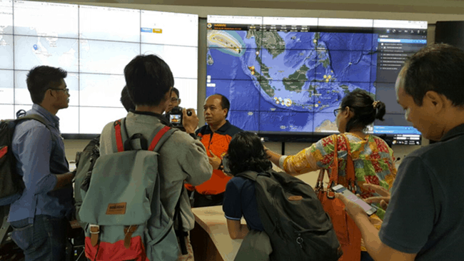 Response to destructive earthquake in Indonesia