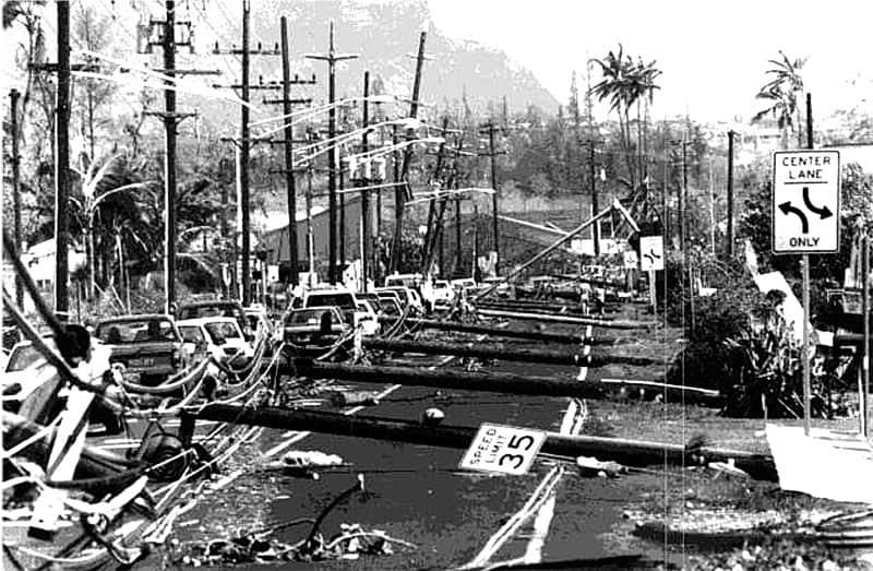 Hurricane Iniki devastates Hawaiian Island of Kauai